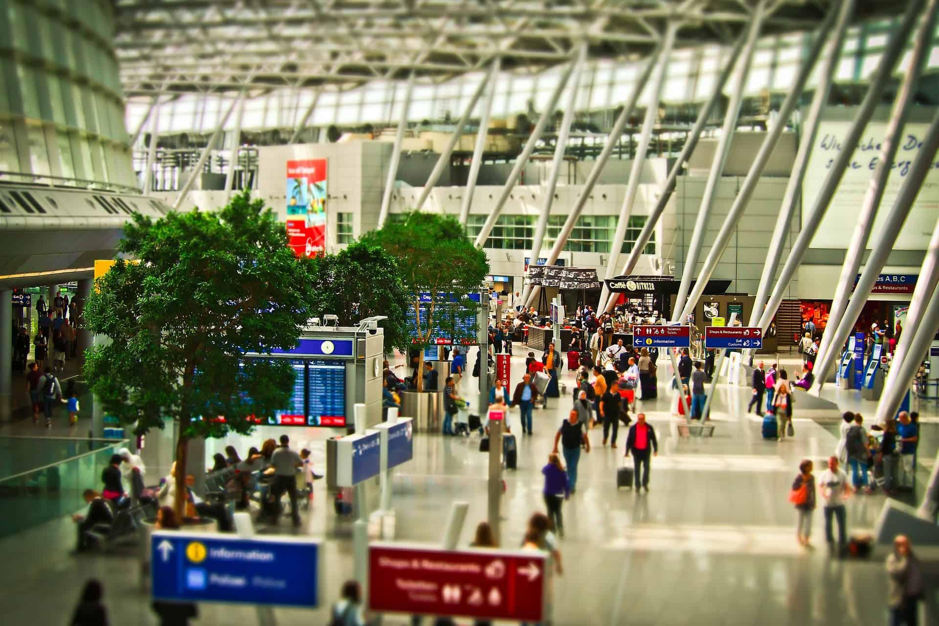 Flughafen Terminal